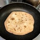 パン用全粒粉でお手軽チャパティ インド気分