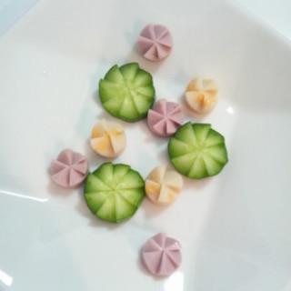お弁当に☆きゅうりとソーセージの飾り切り
