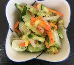 キャベツともやしの茹で野菜のゆかり和え
