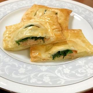 鮭とほうれん草とマッシュポテトのパイ包み