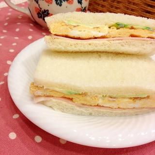 6枚切り食パンで♪ハム卵サンド