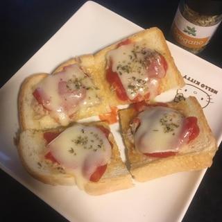 ツナマヨ、チーズ、トマト、のオープンサンド