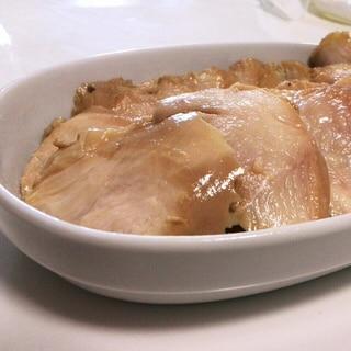 角煮の残り汁でしっとり鶏胸チャーシュー