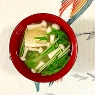 水菜、木綿豆腐、ブナピーのお味噌汁