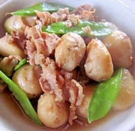 小さい里芋と豚バラ肉の甘辛煮