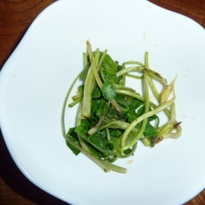 葉ワサビのピリ辛醤油漬け(葉ワサビ下ごしらえ)