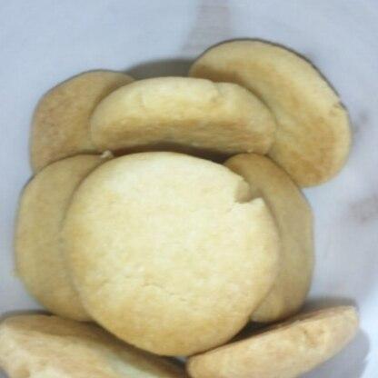 今までいろんなソルトクッキーのレシピで作ってきましたが、こんなに簡単で美味しいのは初めてです!有難うございました\(^o^)/