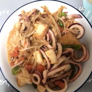 イカと野菜のトマト西京味噌炒め