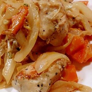 鶏肉と玉ねぎと人参の塩にんにく炒め