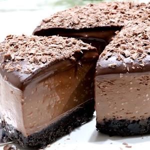材料4つ混ぜるだけ生チョコチーズケーキ