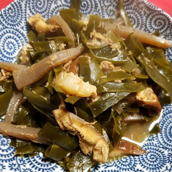【沖縄】ソーキ煮でクーブイリチー(昆布の炒め物)