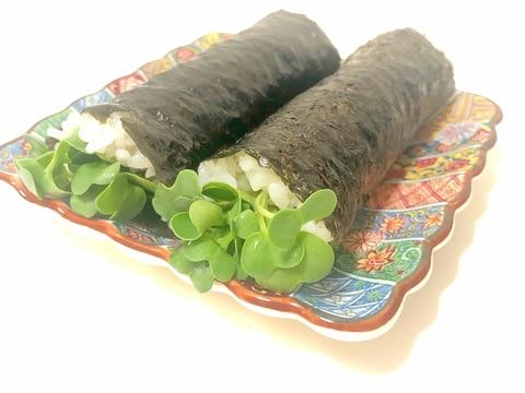 味付け海苔で韓国風海苔巻き かいわれ大根とチーズ♪