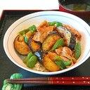 豚ばら茄子ピーマンの味噌炒め丼