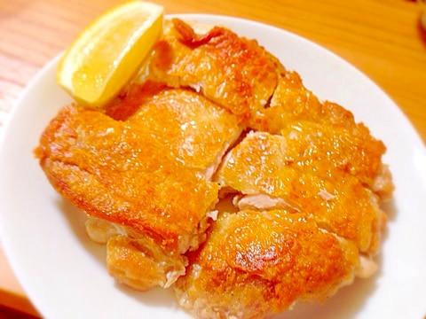 パリパリ!チキンステーキ。ガーリックバタ醤油ソース