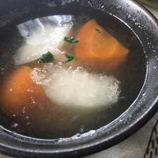 2色の根野菜スープ