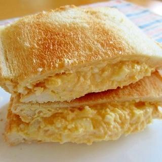 しっとり卵サンド♪クリーミーの秘密はすり鉢!