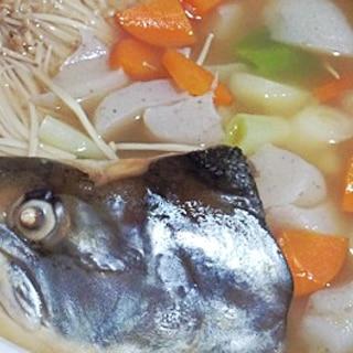 コラーゲンたっぷり、骨まで食べられる三平鍋