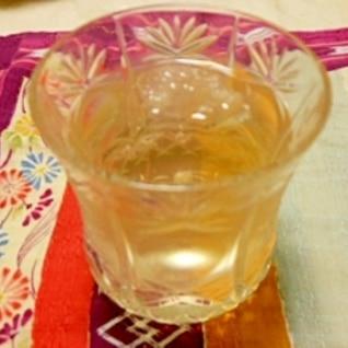 夏は冷たい日本茶 作れます!買うのはもったいない!