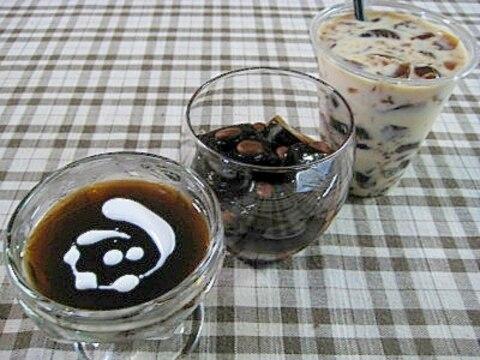 どれがお好み♪コーヒーデザート三種盛り