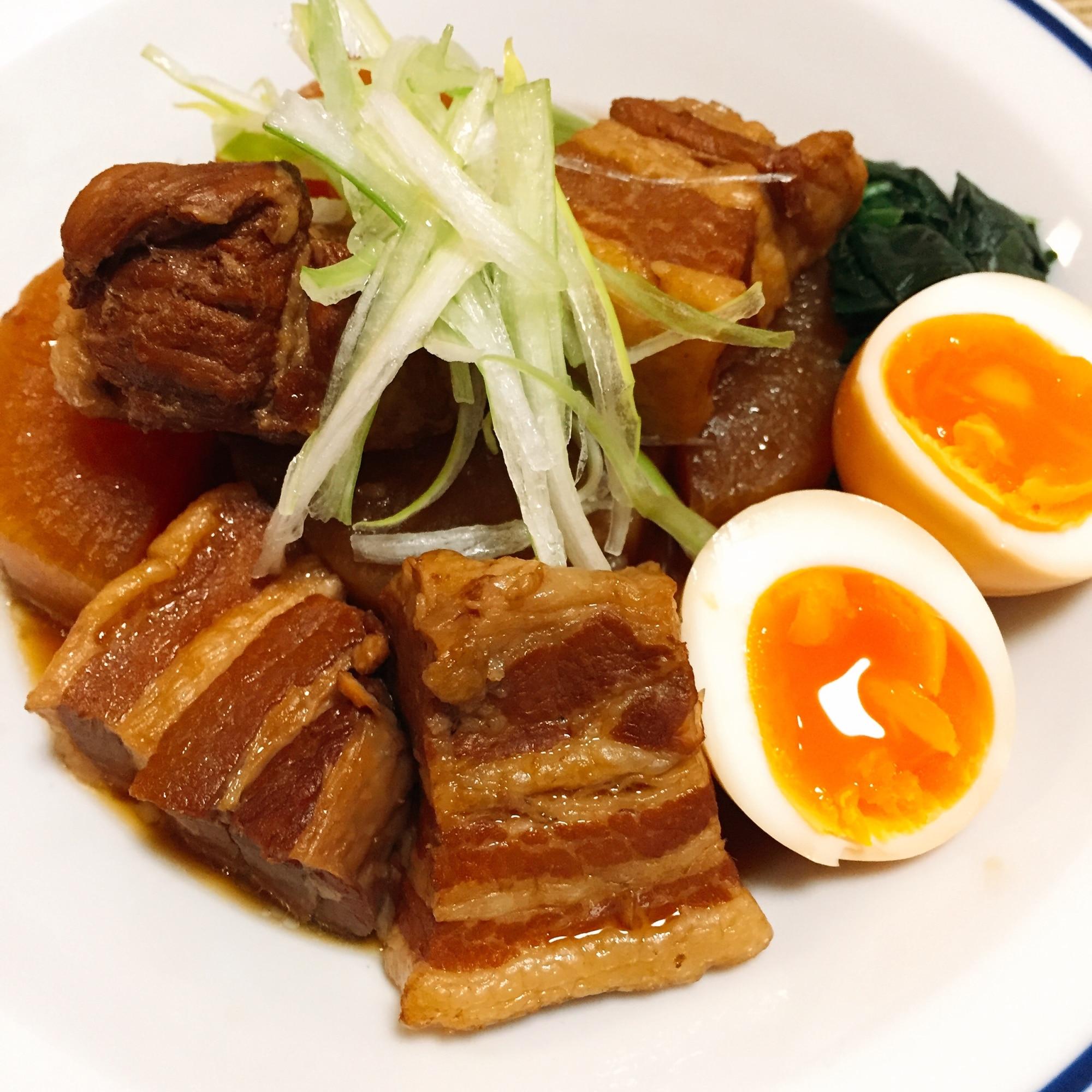 私の決定版◎圧力鍋でトロトロ♪豚の角煮&大根 レシピ・作り方