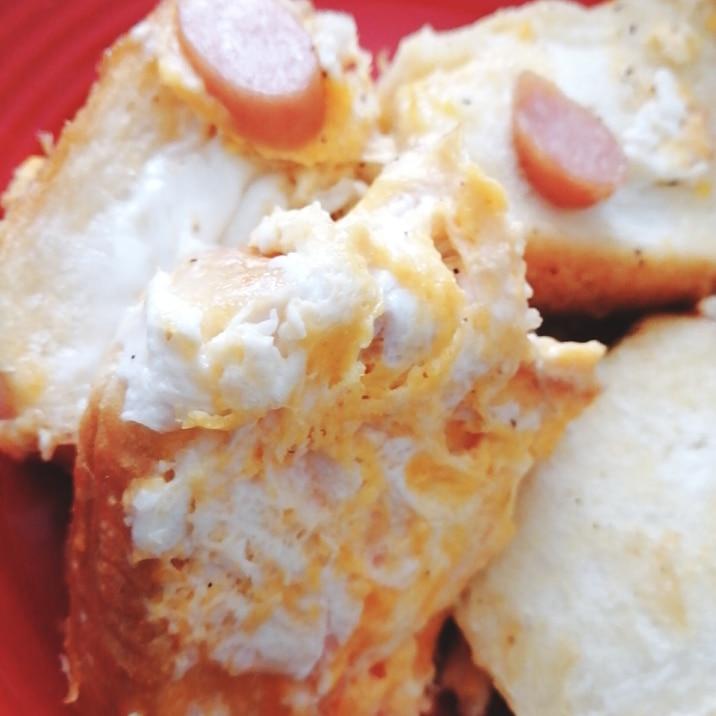 フライパンウインナー卵トースト