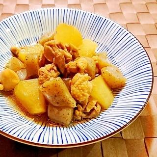 大根と鶏肉とこんにゃくの煮物
