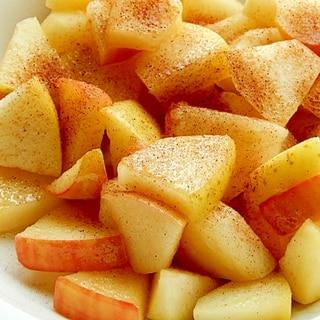 簡単ヘルシーおやつ❤2色リンゴのバター焼き♪
