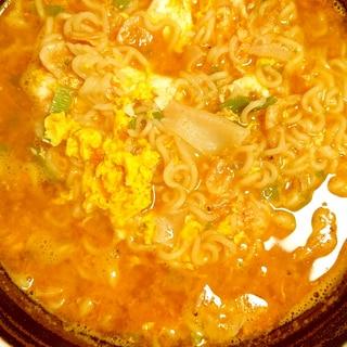 辛い!ネギとたまごのワンタン麺