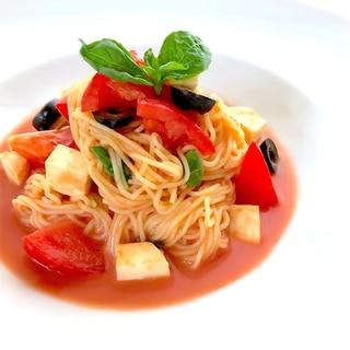 糖質制限♡糖質0麺トマトとモッツァレラの冷製パスタ