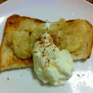 ココナッツ梨トースト