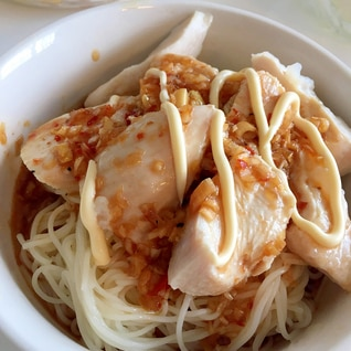 【男の宅飯】夏のヘルシー料理 茹で鳥素麺