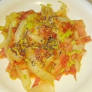 簡単☆白菜とベーコンのバジルチーズ炒め!