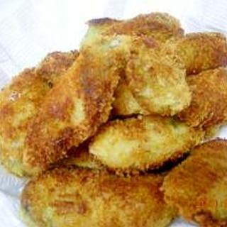 殻付きの牡蠣からカキフライ