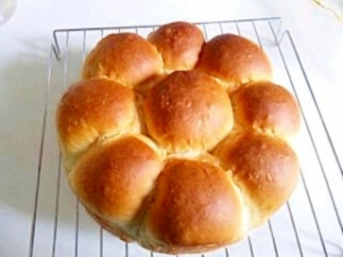 ☆HBで生地作り☆ふんわり♪ミルクちぎりパン