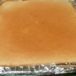 ロールケーキのスポンジ生地 満足な厚みで