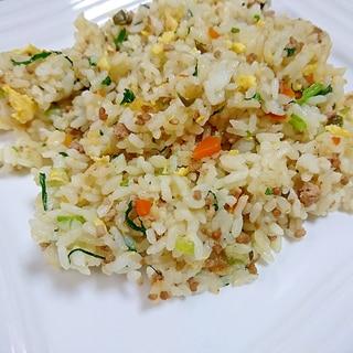 ピリッと辛い青唐辛子炒飯