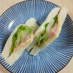 レタスパリパリ★お腹も満足なハム&チーズサンド