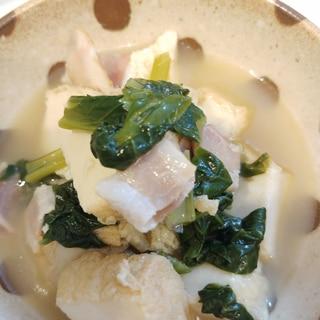 めんつゆだけで♡厚揚げとベーコン 小松菜の煮物♪