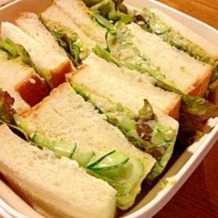 簡単で美味しい♪塩麹アボカドのサンドイッチ