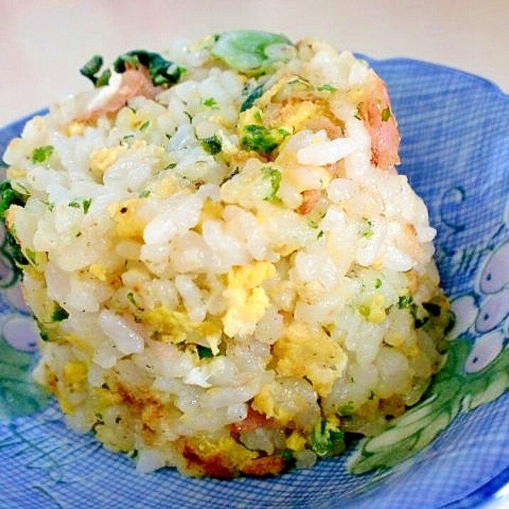 ちょっとした軽食に いい香りな青海苔炒飯