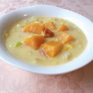 バターナッツかぼちゃ入りコーンスープ