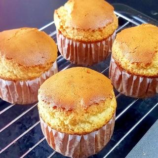 作り置きおやつに グルテンフリーの蜂蜜カップケーキ
