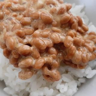 こんぶ出汁の納豆ごはん