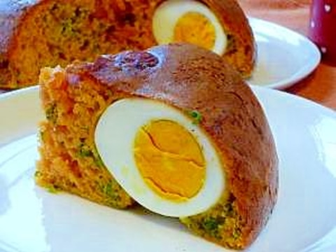 炊飯器で♪ ゆで卵とウィンナーとパセリのケークサレ