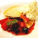 九州パンケーキで生クリームイチゴパンケーキ