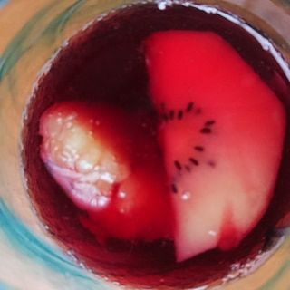 冷凍フルーツのひんやりサングリアサイダー