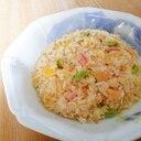 カニカマと大根葉と卵の炒飯