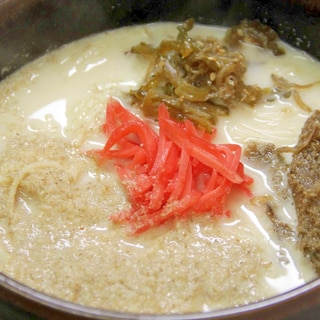 素麺を茹でている間に作れます『とんこつラーメン』
