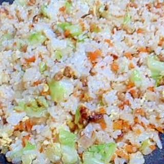 納豆とキャベツのチャーハン
