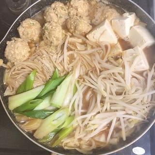 豆腐一丁!西のまるごと鍋♪豆腐肉団子の味噌ちゃんこ